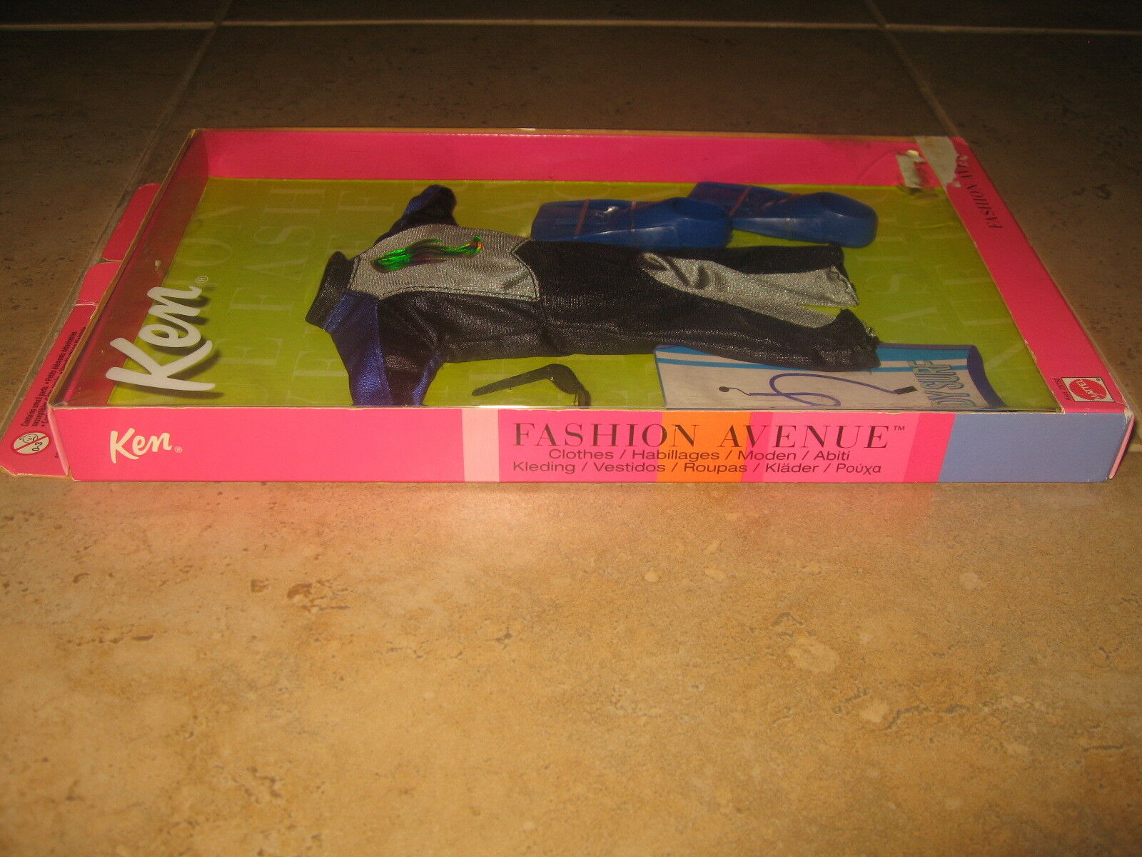 Ken Wave Slayer Fashion   Clothes Mattel Asst. 25752 25752 25752 Fashion Avenue 2000 NEW a7f9f5