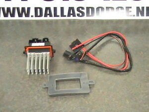jeep grand cherokee blower motor resistor wiring kit mopar. Black Bedroom Furniture Sets. Home Design Ideas