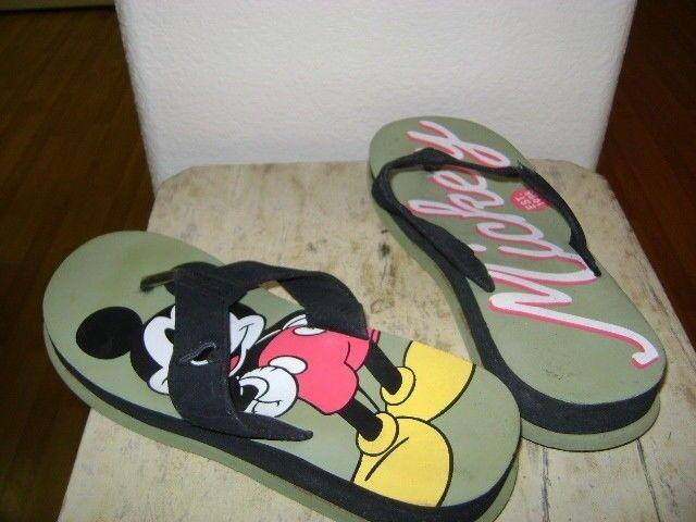 Mickey Mouse Flip-Flops Medium / Sandals - Size Medium Flip-Flops - 7 / 8 super cute 8794cb