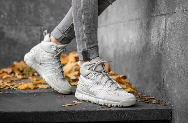 Nike Women's  Lupinek Flyknit shoes Sneakers 862512 200 UK 5.5