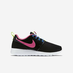 Image is loading 599729-011-Kids-039-Nike-Roshe-One-GS-