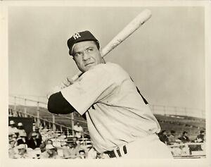Hank-Bauer-1953-New-York-Yankees-Type-1-Original-Photo-1954-Topps-Card-Image