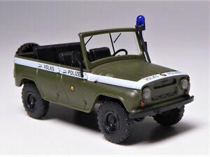 H0-Busch-Russe-UAZ-469-Vehicule-Tout-terrain-populaire-police-VOPO-RDA-Lumiere-Bleue-52105