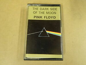 MUSIC-CASSETTE-PINK-FLOYD-THE-DARK-SIDE-OF-THE-MOON
