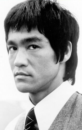 Encadrée Imprimer-Bruce Lee Noir & Blanc (Arts Martiaux photo MMA poster Kung Fu)