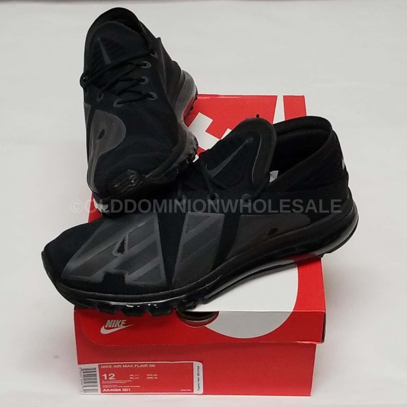 NEW Nike Air Max Flair SE AA4084-001 Men's Sz  12 Black Running Athletic shoes