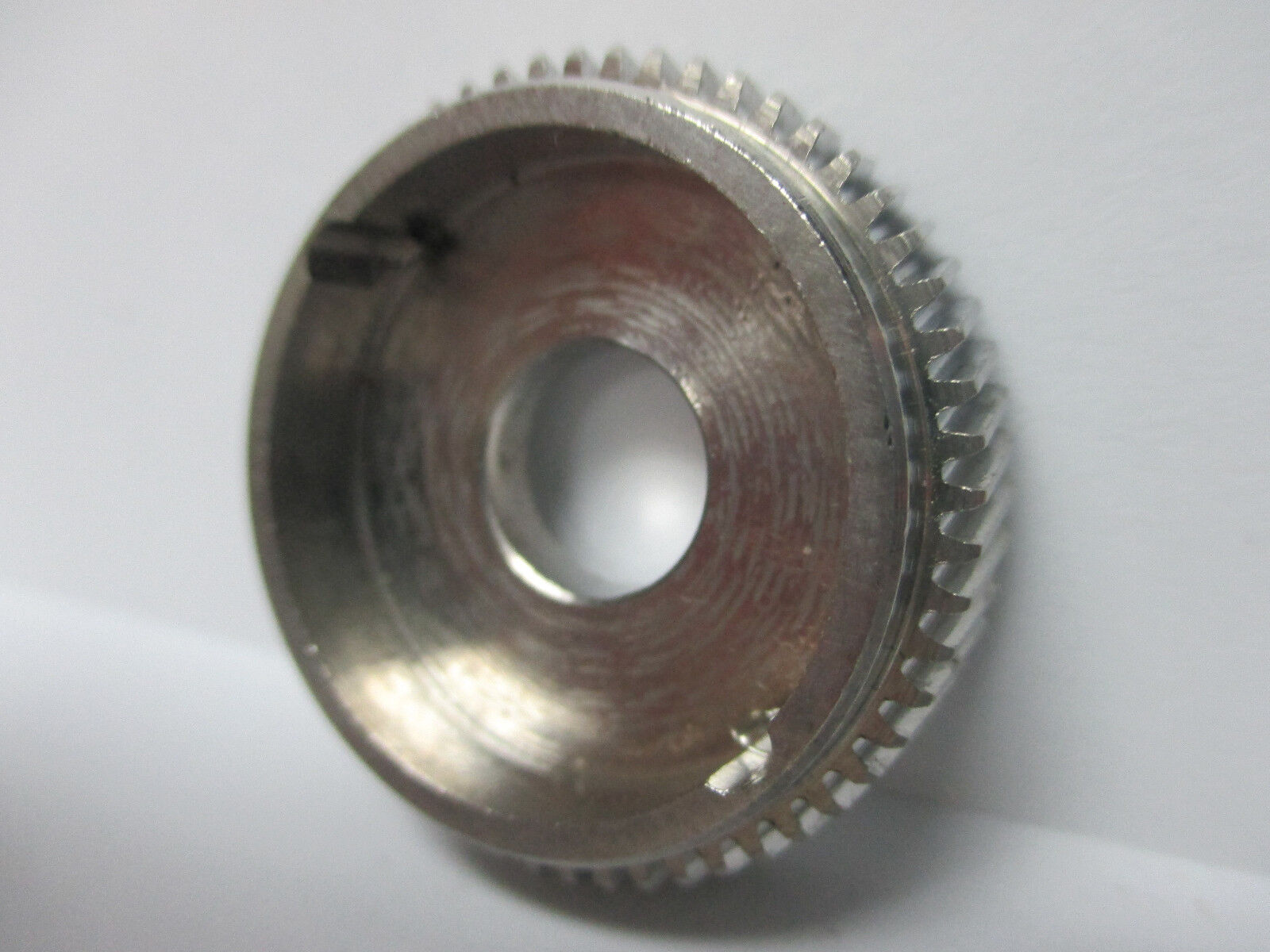 NEW NEWELL CONVENTIONAL REEL PART - G 322 F - Main Gear