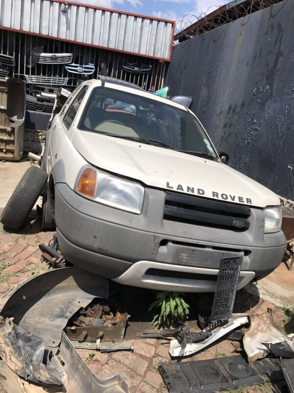 Land Rover freelander stripping for parts