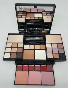 it cosmetics most wished for limited edition holiday makeup set