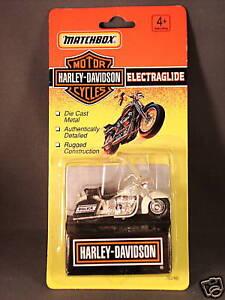 1993-Matchbox-Harley-Davidson-Police-Bike-Electraglide
