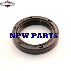 Briggs & Stratton OEM 805049S replacement oil seal