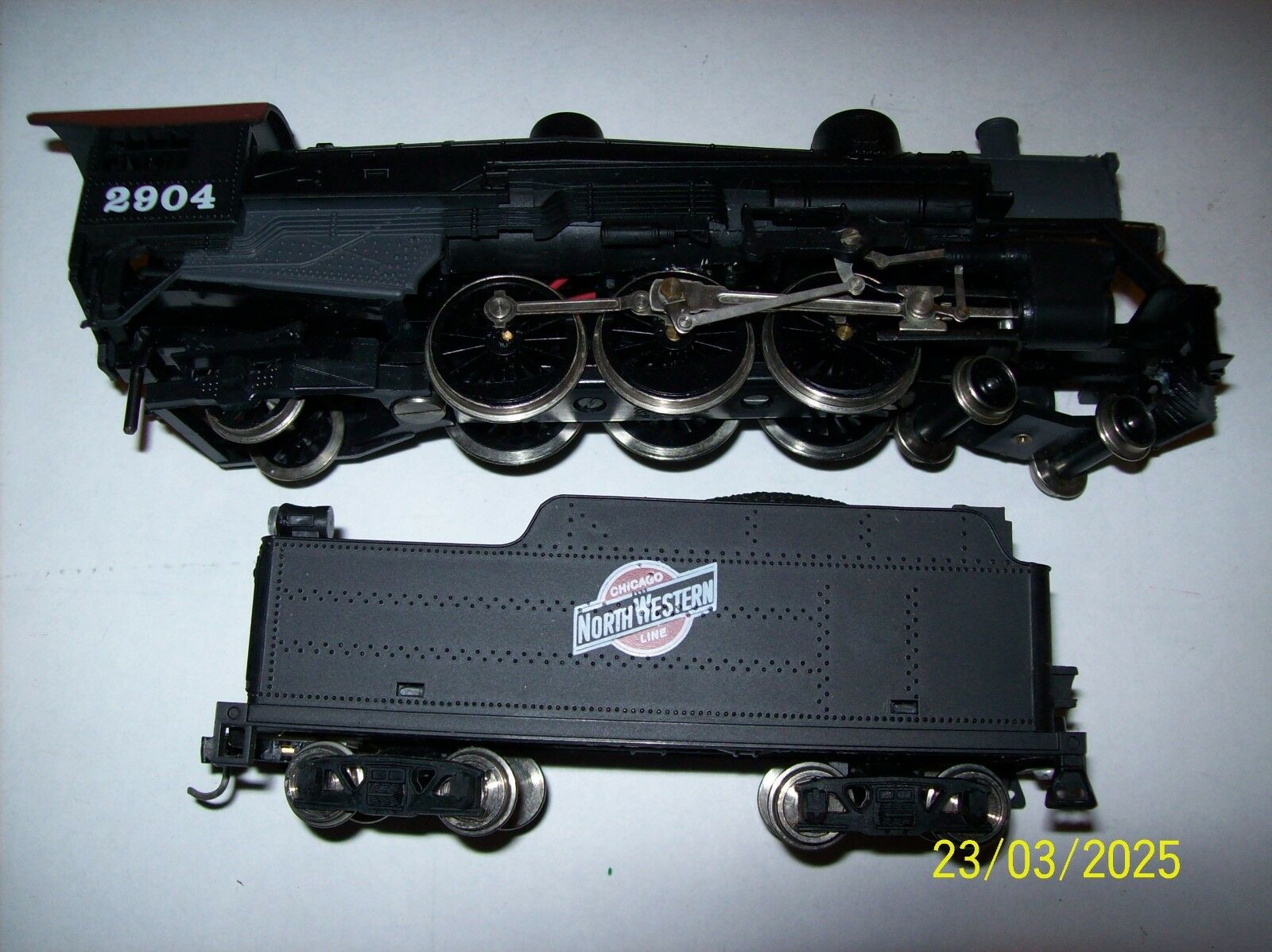 CNW  4-6-2 PACIFIC STEAM LOCO, LIGHTED FRONT AND REAR HO