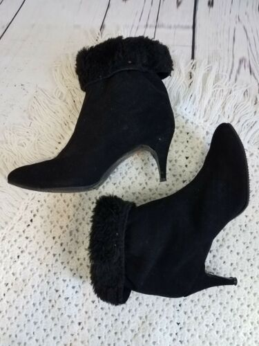Vintage 1960s Black Suede Fuzzy Lined Golo Boots 7