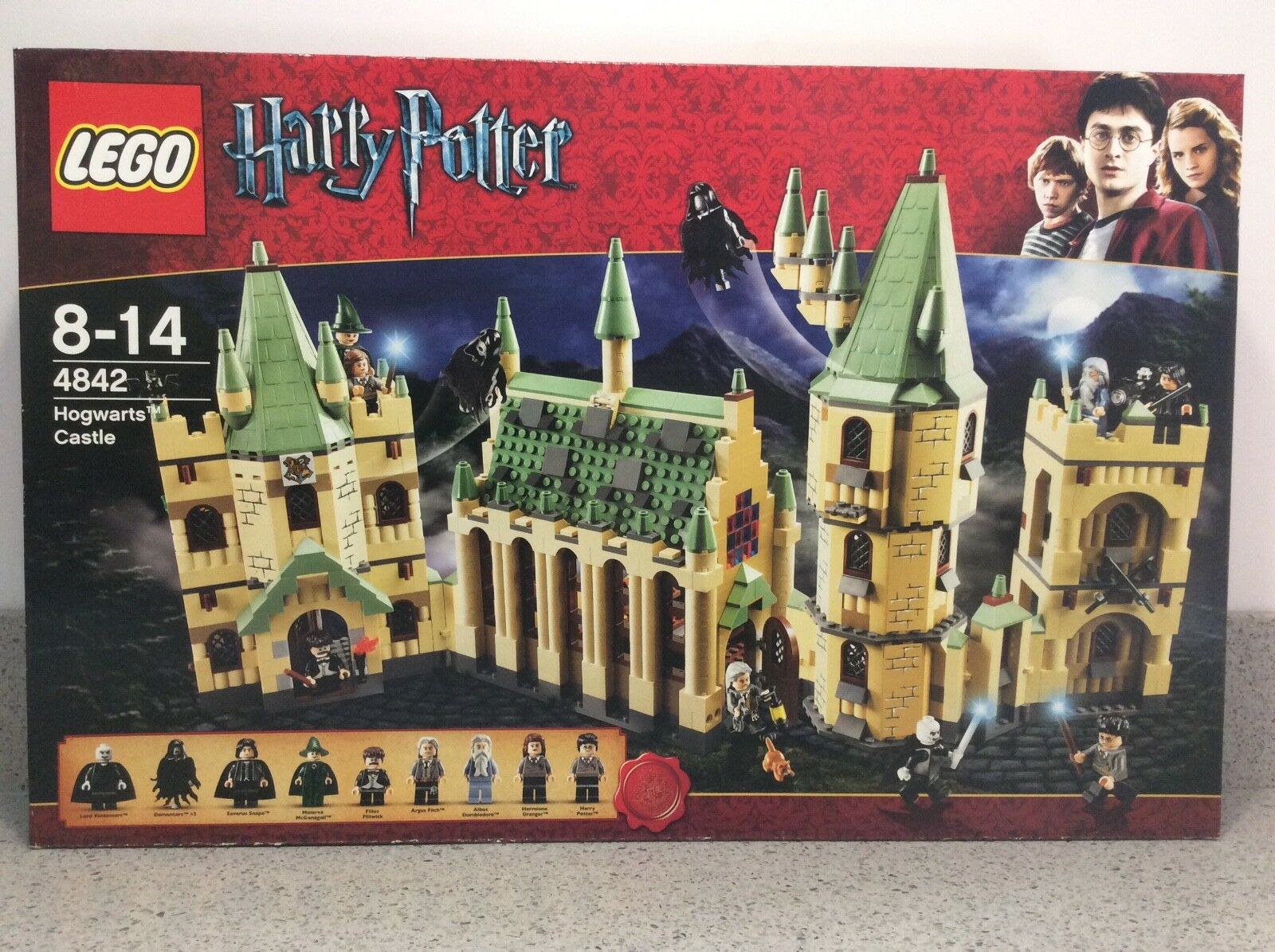 Lego HARRY POTTER  4842  Hogwarts Castle - BRAND nouveau & SEALED  nouvelle marque
