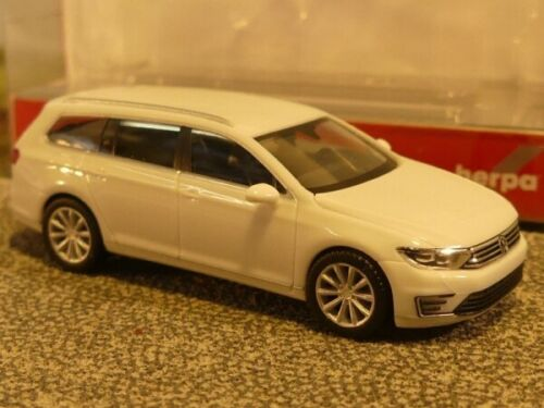 1//87 Herpa VW Passat Variant GTE E-Hybrid Pure White 028981