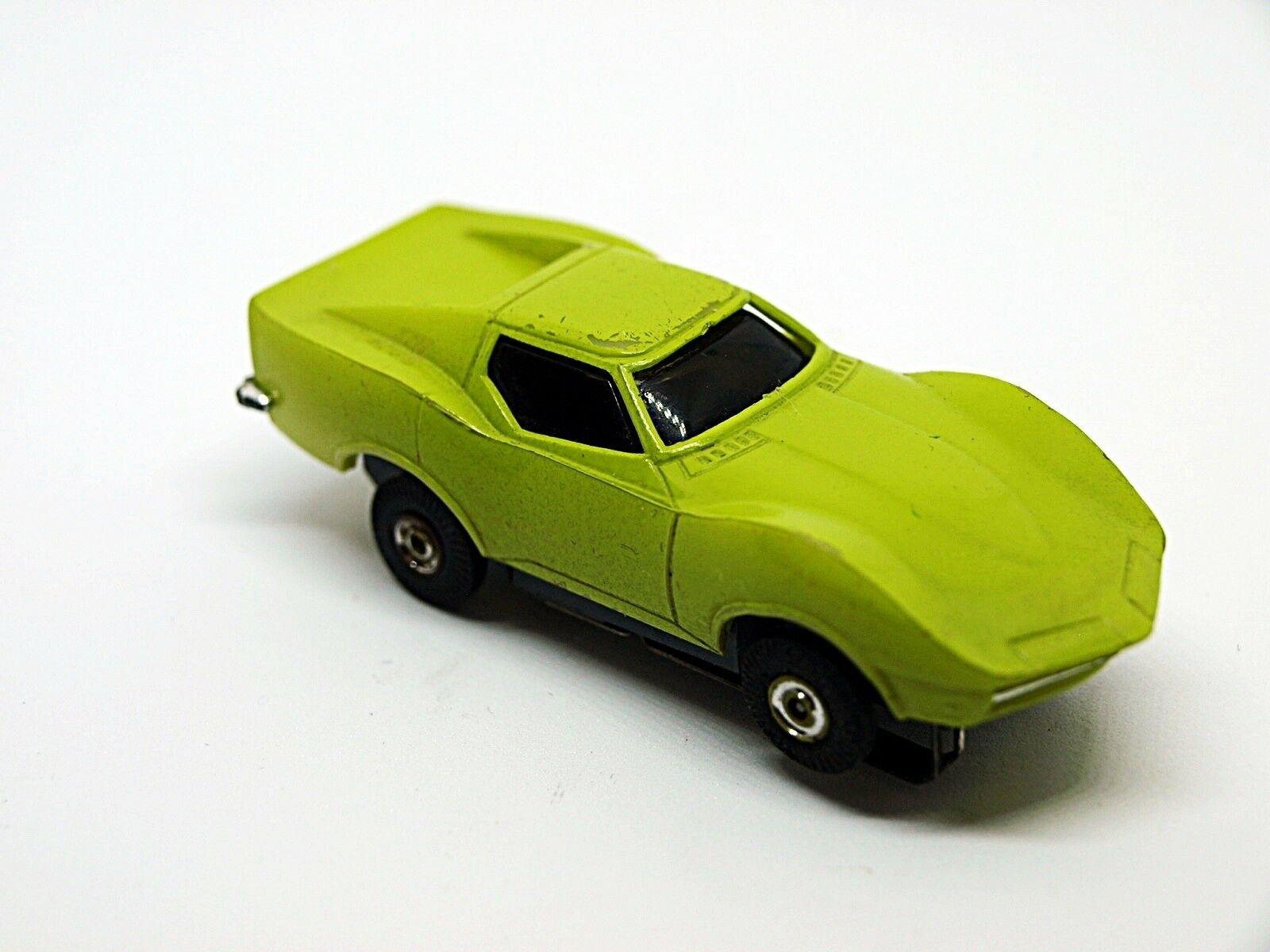 Eldon ho slot car Lime Mako Shark CORVETTE Nice Rare Aurora