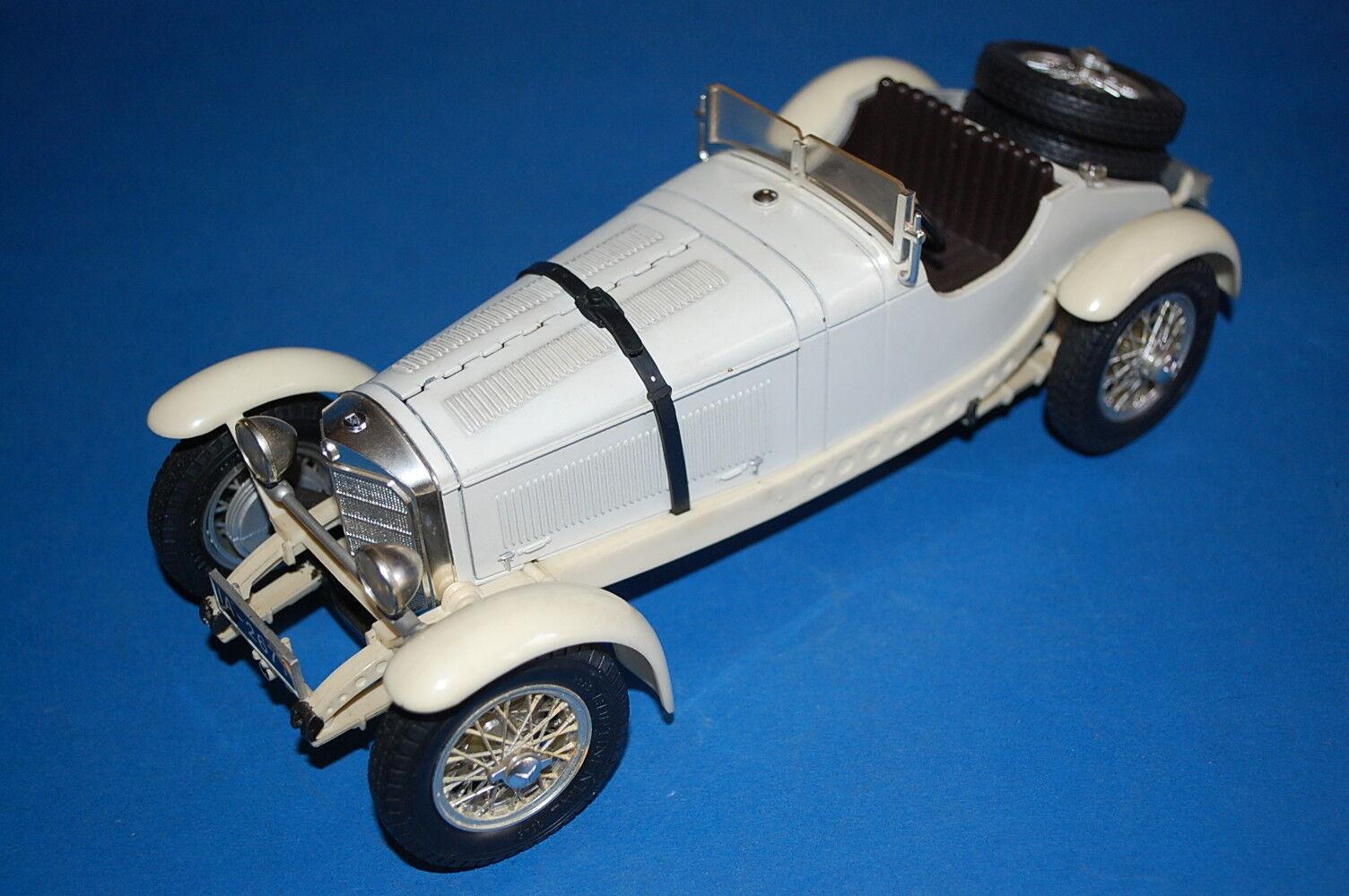 BURAGO 3002 - Mercedes Benz SSKL (1931)  scala 1 18