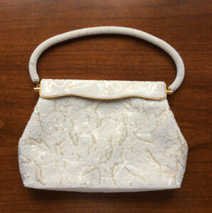 Vintage-1960-039-s-Ivory-Beaded-Hand-Bag-Purse-Made-in-Hong-Kong