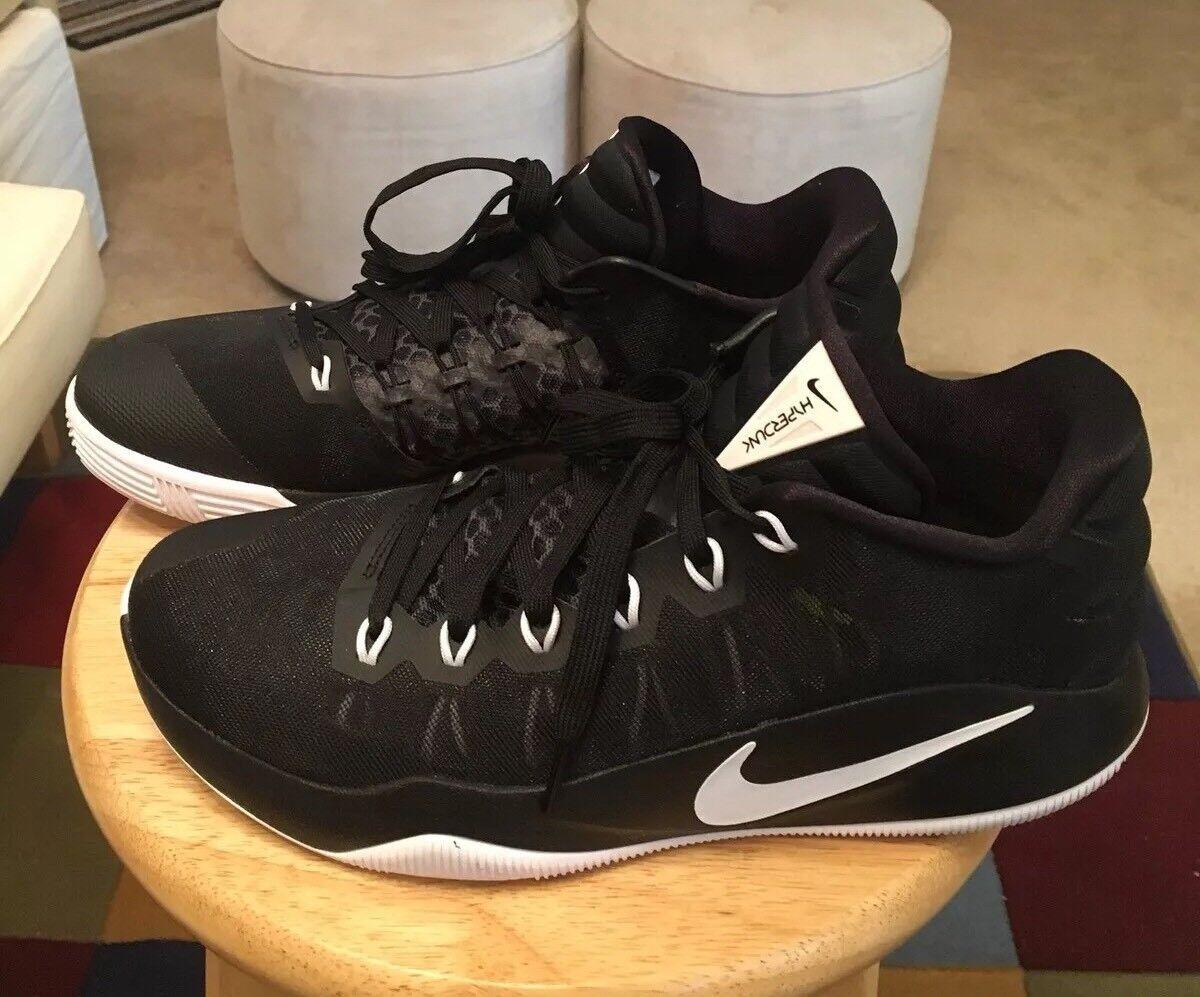 Nwb nike hyperdunk 2016 basso nero us10 / finiture bianche uomini us10 nero atletico scarpe le scarpe 59db9e