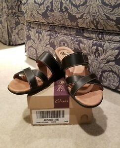 NEW-Clarks-Collection-CUSHION-SOFT-Black-Leather-Womens-Sandals-Size-6