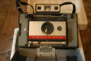 Polaroid Land Camera~Model 220~Original Box