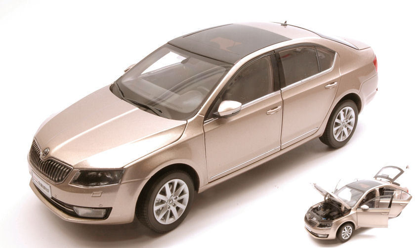 Skoda Octavia III 2014 or Metallic  1 18 Model ABREX  le plus préférentiel