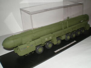 Missile Balistique Intercontinental Hypersonique Topol-m (ss-25 Sickle) (1/72)