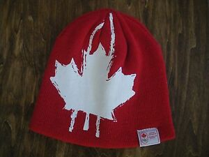 Reversible-Canada-amp-Lucky-Charms-Winter-Hat