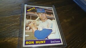 1966-TOPPS-RON-HUNT-AUTOGRAPHED-BASEBALL-CARD