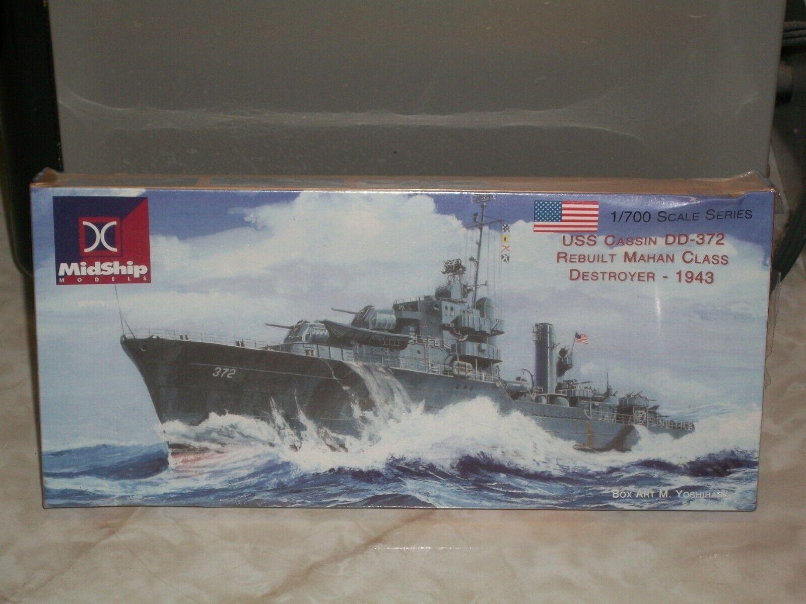 Midship 1 700 USS Cassin DD-372, Rebuilt Mahan Class Destroyer - 1943 - Förseglad