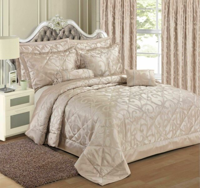 Jacquard Scroll Damask Bedding Set Luxury Floral Bedding Curtain Boudoir Cushion