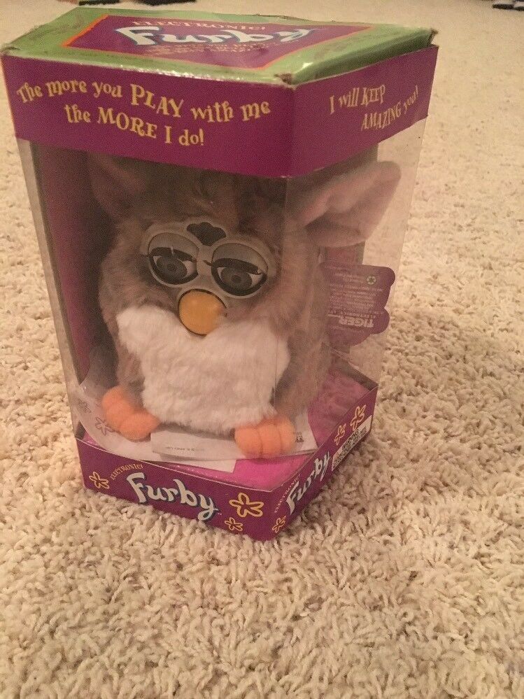 New Vintage 1998 Tiger Electronic FURBY (Model 70-800) Original Box