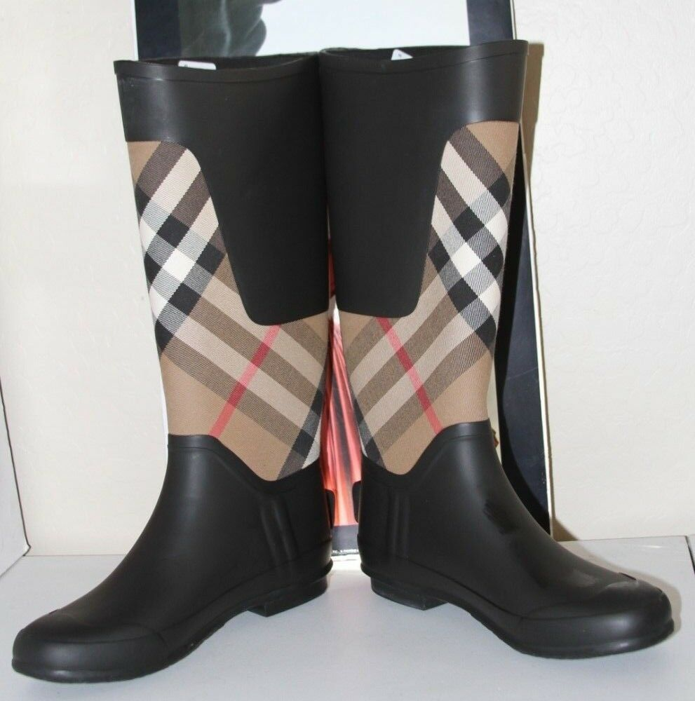 BURBERRY CLEMENCE SIGNATURE SIGNATURE SIGNATURE CHECK RAIN BOOTS   SZ 39 EU  9US    ONE SIZE SMALL 65990b