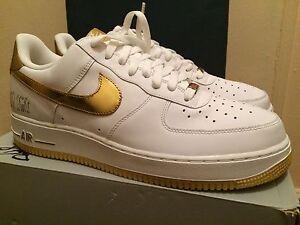 nike air force 1 blanco y dorado