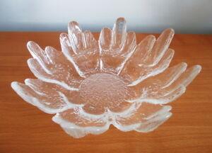 Lasisepat-Cactus-Bowl-8-1-4-034-Textured-Glass-1960s-Finland-Scandinavian-Modern