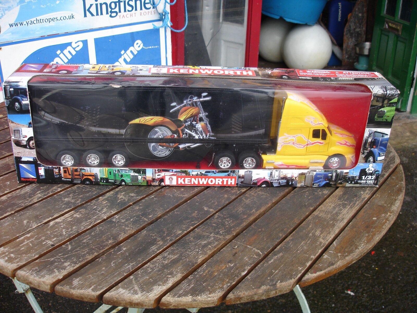 Kenworth T2000 Camión y remolque,  Chopper  tema, escala escala escala 1 32  Nuevo Y En Caja  48f619