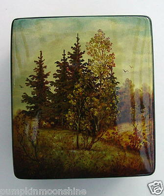 Genuine Russian Lacquer Box Fedoskino High Quality Detailed Fall Tree Landscape
