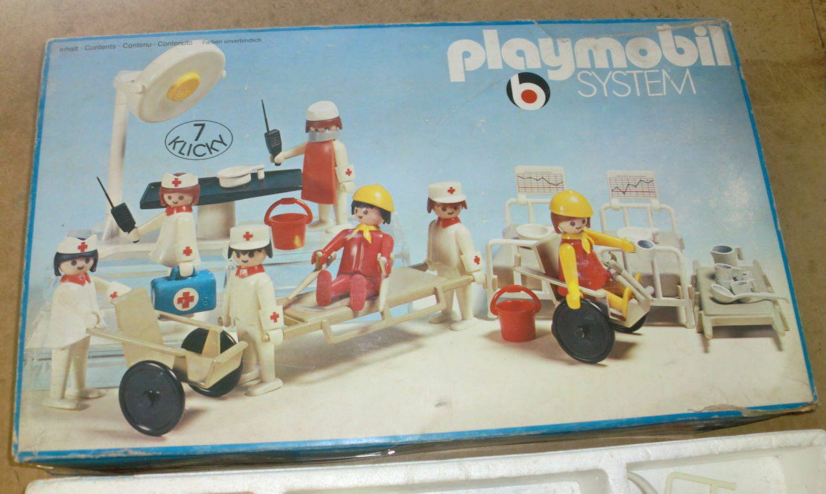 PLAYMOBIL SYSTEM ART. 3404 HOSPITAL SURGERY HOSPITAL FIGURES USED BUONO STATO