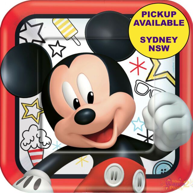 MICKEY MOUSE ON THE GO PARTY SUPPLIES 8 LARGE LUNCH PAPER BIRTHDAY PLATES