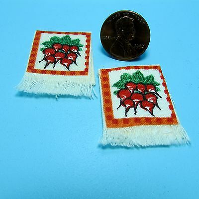 Dollhouse Miniature Kitchen Towel Set with Carrots ~ KI512CAR