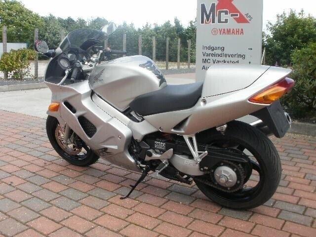 Honda, VFR 800 F, ccm 781