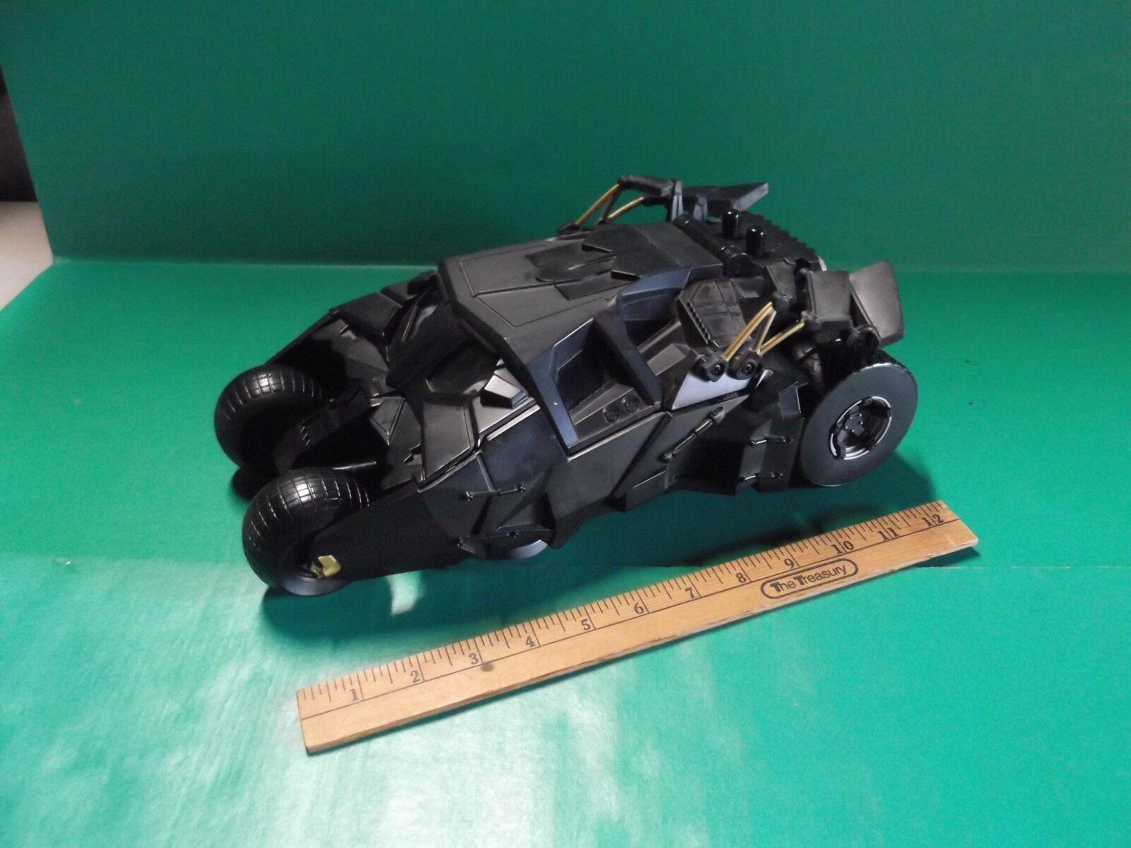DARK Knight BATuomo STEALTH LANCIAMISSILI BATMOBILE 13in lungo M1113 giocato con