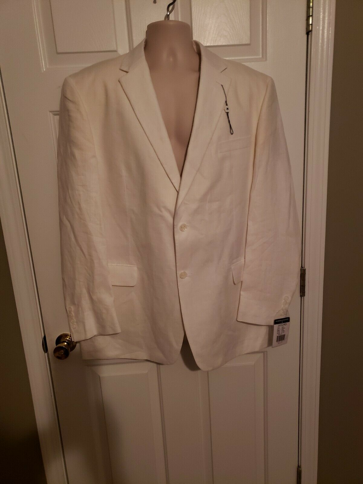 Saddlebread 100% linen off white size 46LG,.needs steam.cleaning