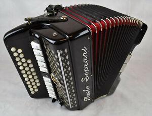 Paolo-Soprani-Club-III-Diatonische-Harmonika-made-in-Italy-Stimmung-Es-Bb