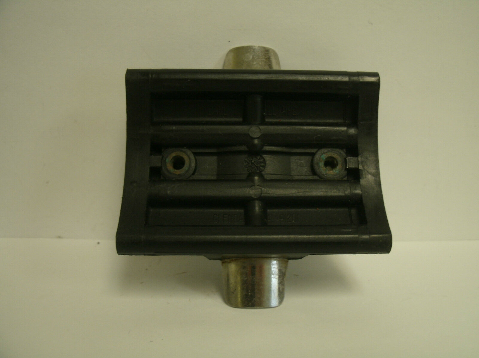 USED NEWELL CONVENTIONAL REEL PART - S 540 4.6 - Rod Stand