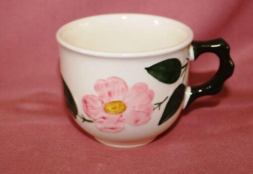 VILLEROY BOCH V /& B Wildrose Wild Rose  Kaffeetassen H 7 Ø 8 cm  neuwertig 45209