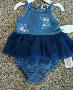 NWT-BABY-GIRLS-GUESS-2-PIECE-EMBROIDERED-DENIM-SET-SIZE-3-6-MONTHS-36