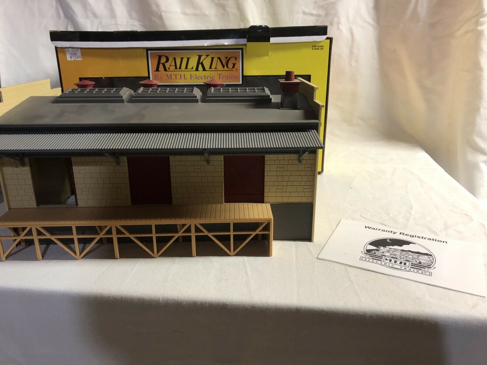 O scale freight transfer warehouse