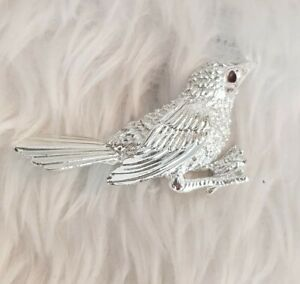 Vtg-Signed-Sarah-Coventry-Cov-Silvertone-Feathers-Bird-BROOCH-Pin-Jewellery-CAN