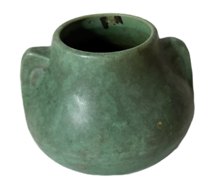 McCoy Art / Crafts Pottery Urn Brush Matt Green Planter Vase Antique Vintage